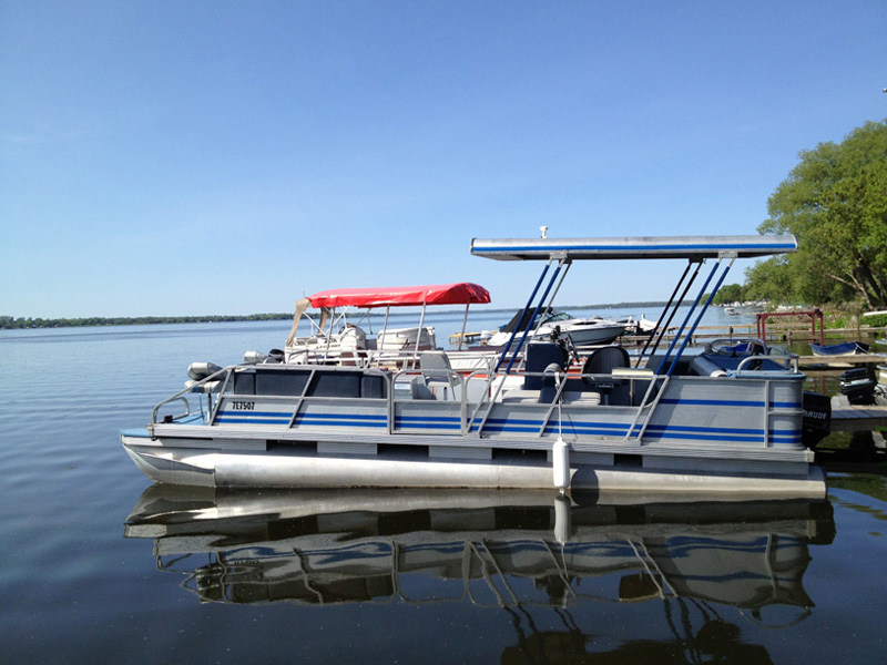 Lindsay ON Boat Rental | Aluminum Fishing and Pontoon Boats
